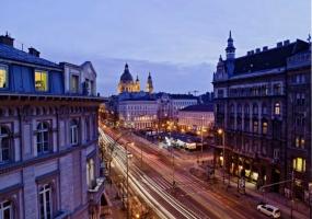 Hungary,Hungary 1066,2 Bedrooms Bedrooms,4 Rooms Rooms,2 BathroomsBathrooms,Apartment,Spacious Elevator,3,1117