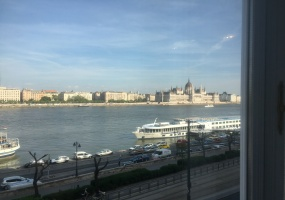 Hungary,2 Bedrooms Bedrooms,1 Room Rooms,2 BathroomsBathrooms,Apartment,1182