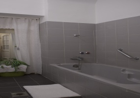 Hungary,2 Bedrooms Bedrooms,Apartment,4,1190