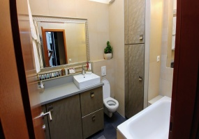 Hungary,2 Bedrooms Bedrooms,1 BathroomBathrooms,Apartment,1219