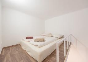 Hungary,5 Bedrooms Bedrooms,2 BathroomsBathrooms,Apartment,1,1223