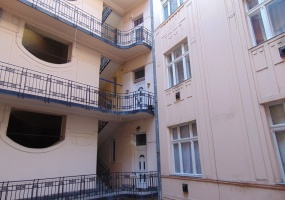 Hungary,Hungary,2.5 Bedrooms Bedrooms,2 BathroomsBathrooms,Apartment,1,1141