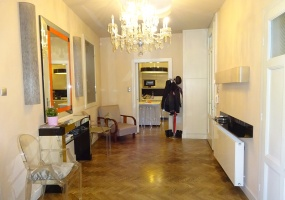 Varoshaza street,Hungary,Hungary,3 Bedrooms Bedrooms,1 Room Rooms,2 BathroomsBathrooms,Apartment,Varoshaza street,1,1155