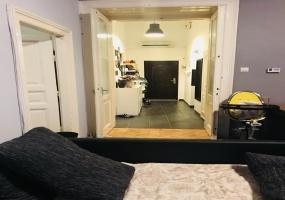 Dob utca,Hungary,2 Bedrooms Bedrooms,Apartment,Dob utca,1,1261