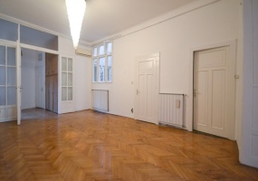 Hungary,2 Bedrooms Bedrooms,Apartment,2,1290