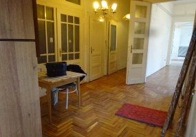 Hungary,2 Bedrooms Bedrooms,1 BathroomBathrooms,Apartment,4,1295