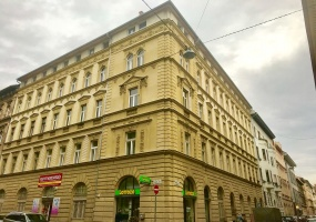 bajnok utca,Budapest,Hungary,1 Bedroom Bedrooms,2 Rooms Rooms,2 BathroomsBathrooms,Apartment,1306