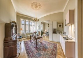 Budapest,Hungary,2 Bedrooms Bedrooms,3 BathroomsBathrooms,Apartment,Luxury Loft Apartment,1335